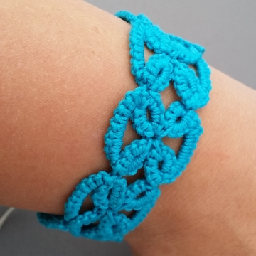 Caribbean Blue Tatted Lace Bracelet